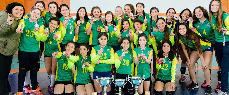 campeonas-liga-metropolitana-voleibol-escolar-colegio-colonial-de-pirque